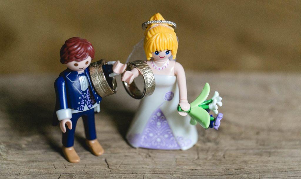 Playmobil Hochzeitspaar mit Trauringen