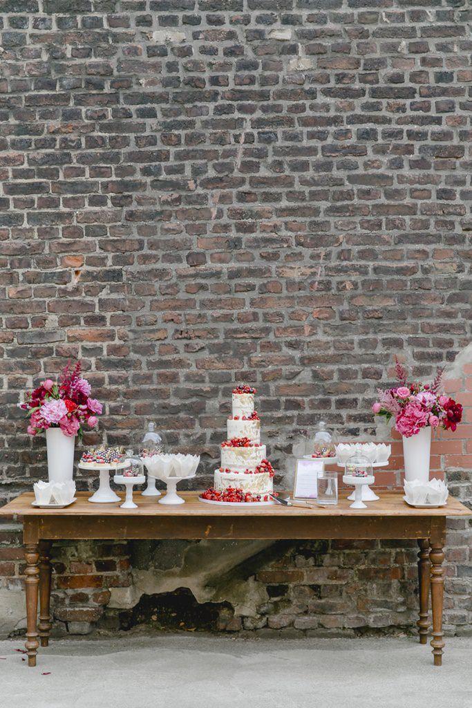 Hochzeitsfoto sommerlicher Sweet Table