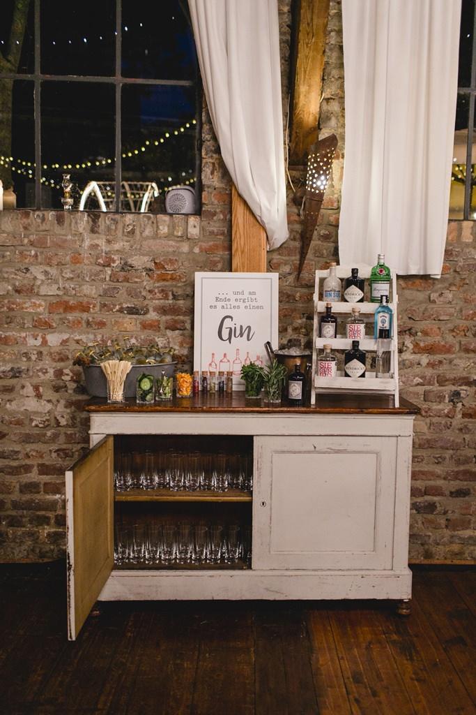 Hochzeitsfoto einer Gin Bar