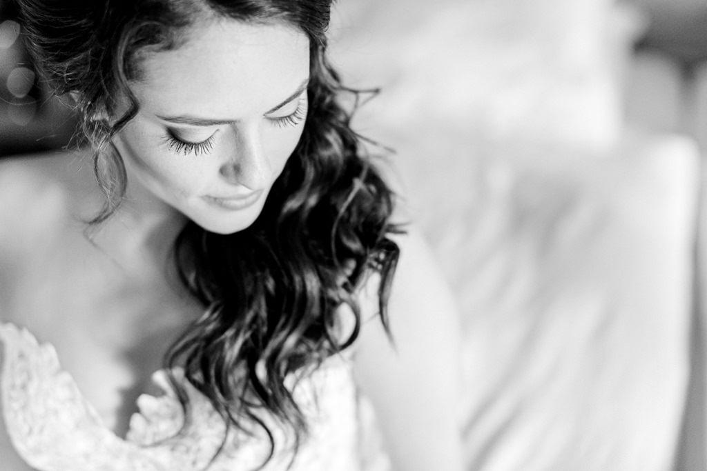 Portrait von der Braut beim Getting Ready
