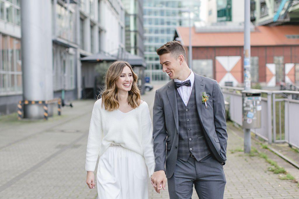 Paarfoto auf der Straße