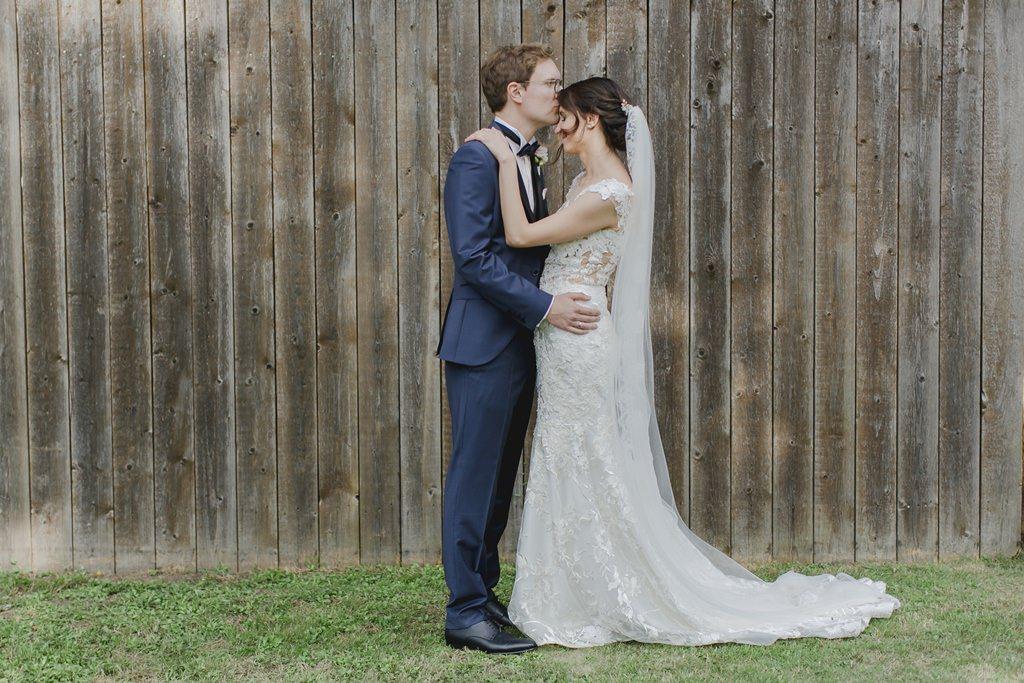 Romantisches Hochzeitsfoto von Braut und Bräutigam | Foto: Hanna Witte