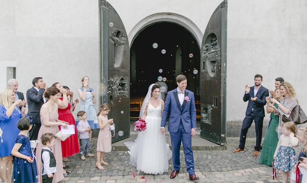 Kirchliche Hochzeit in der St. Clemens Kirche in Köln   Foto: Hanna Witte