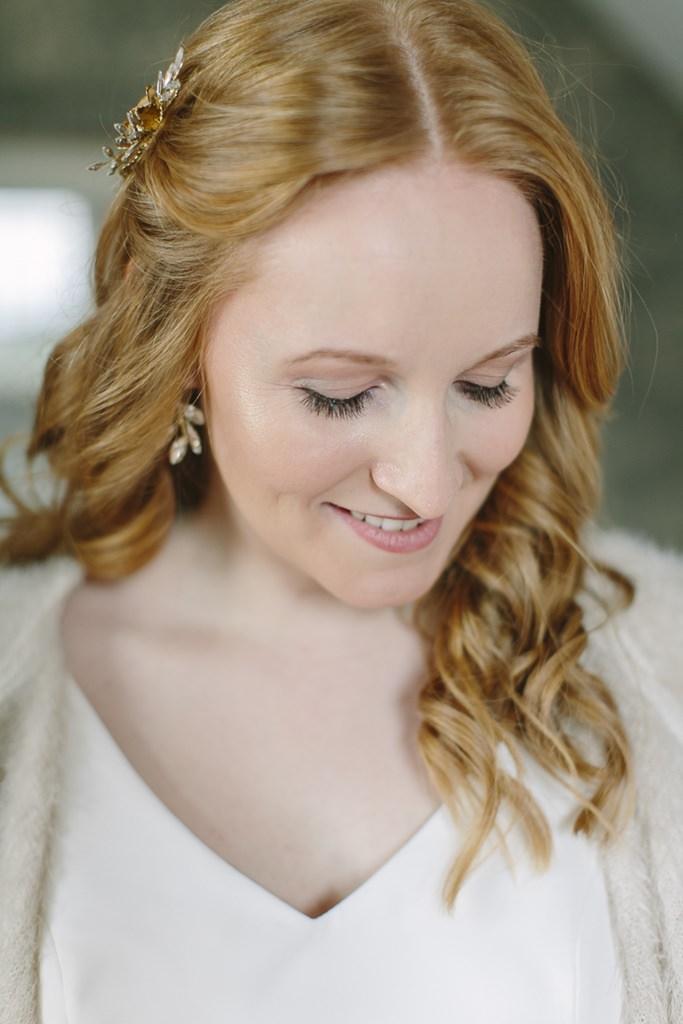 Close Up Brautportrait nach dem Getting Ready | Foto: Hanna Witte