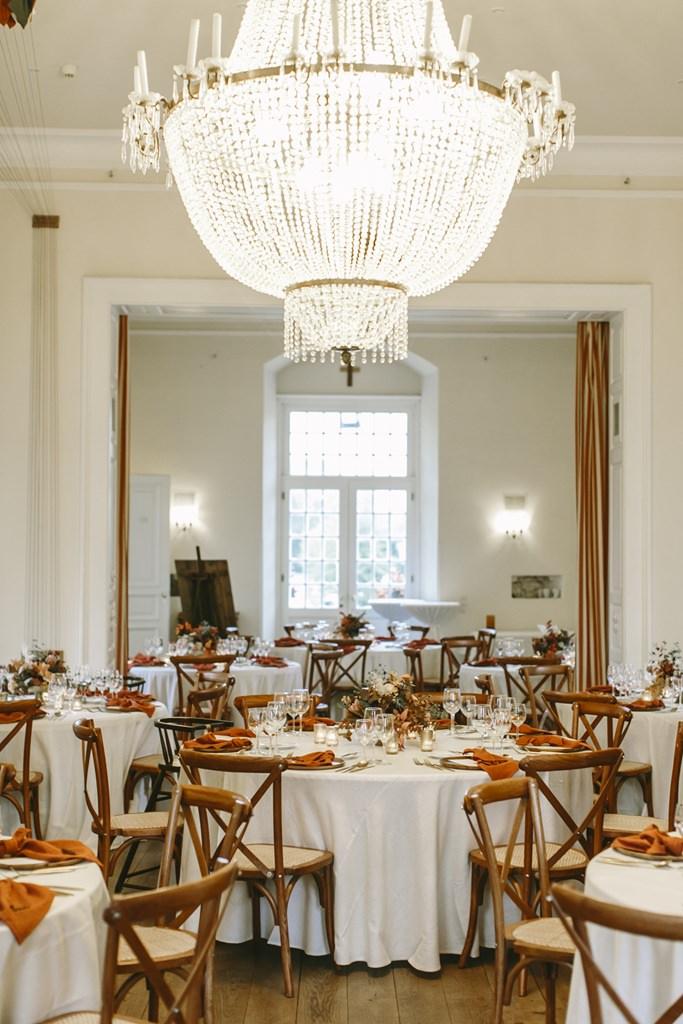 Hochzeit auf Schloss Hertefeld feiern | Foto: Hanna Witte