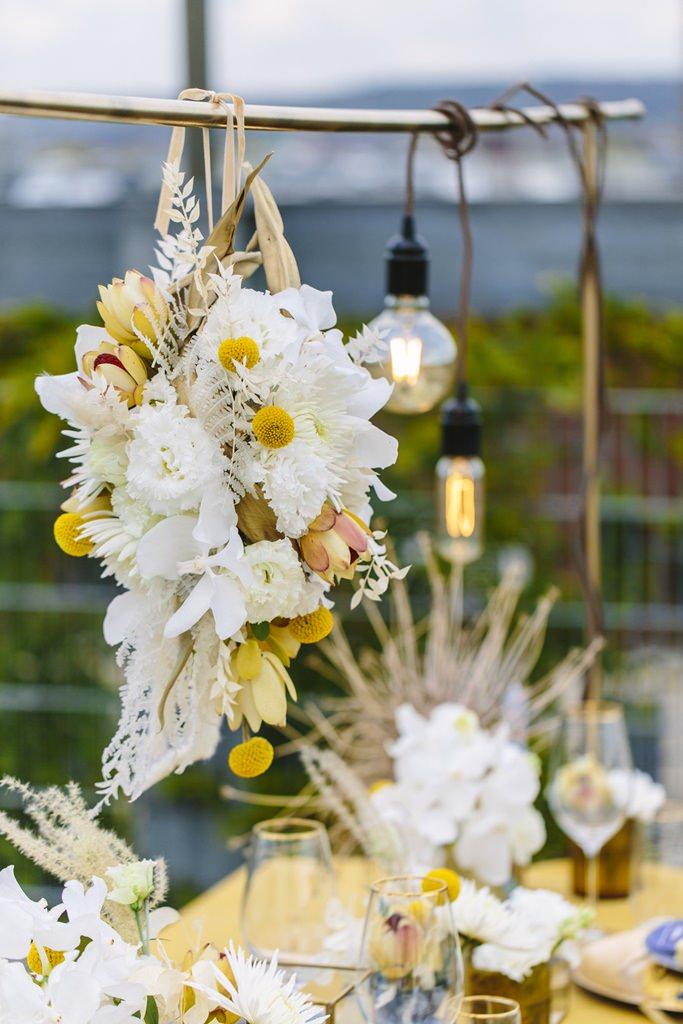 Hochzeitsblumen in Gelb, Weiß und Ivory | Foto: Hanna Witte